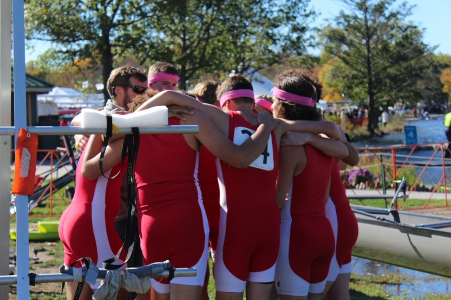 Coach+Evans+Liolin+gives+his+team+final+words+of+wisdom+before+the+race.+