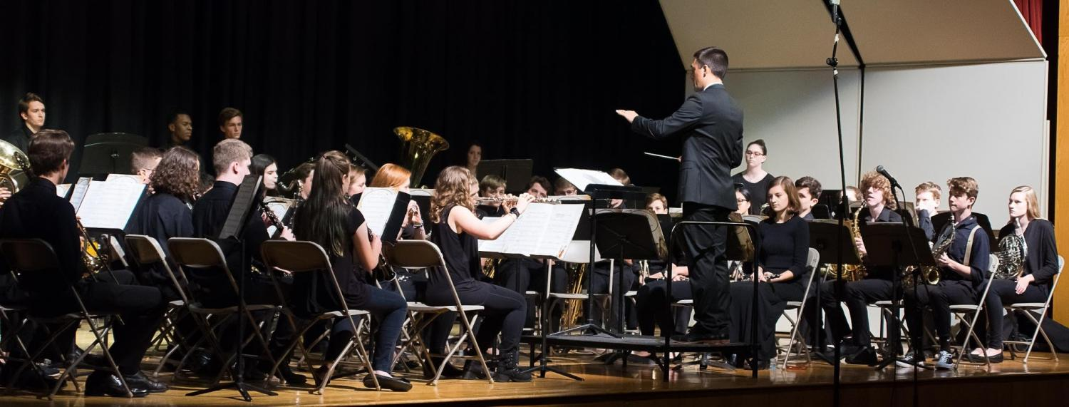 Wind Ensemble prepares to play. (Photo: Hingham Music Parents Association)
