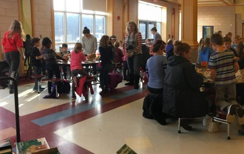 Hingham High Spreads Gingerbread Joy