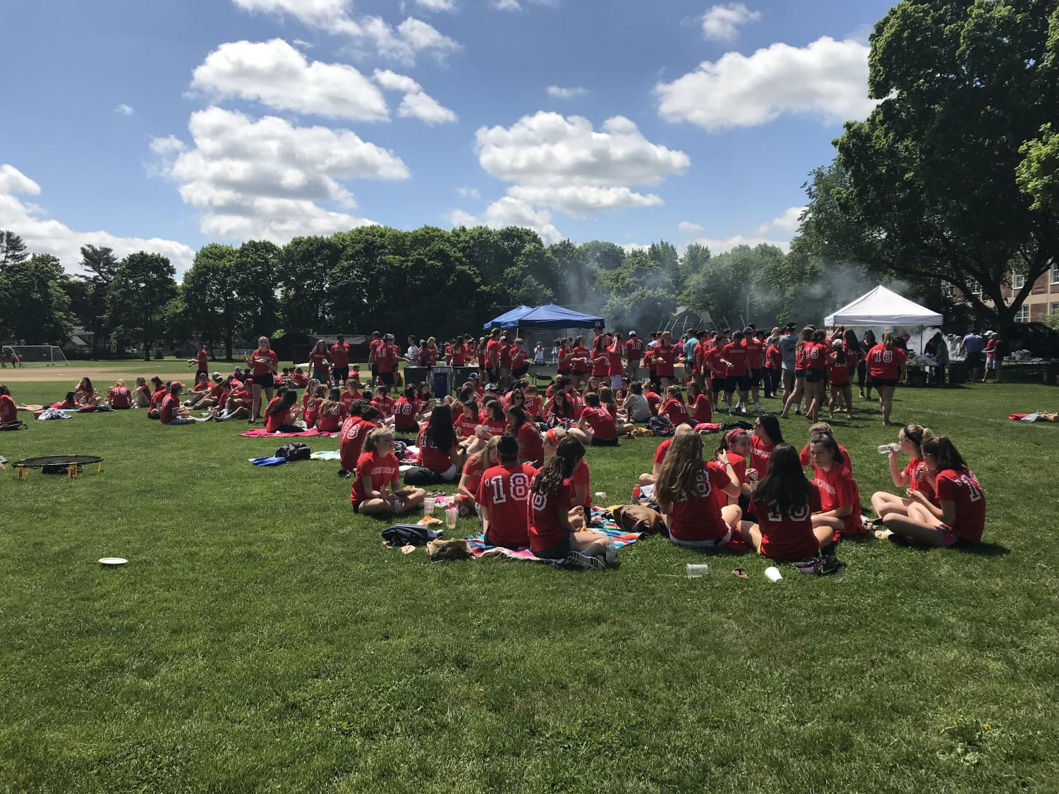 The Class of 2018 enjoys a cookout under the sun. Photo by Rose Papuga.