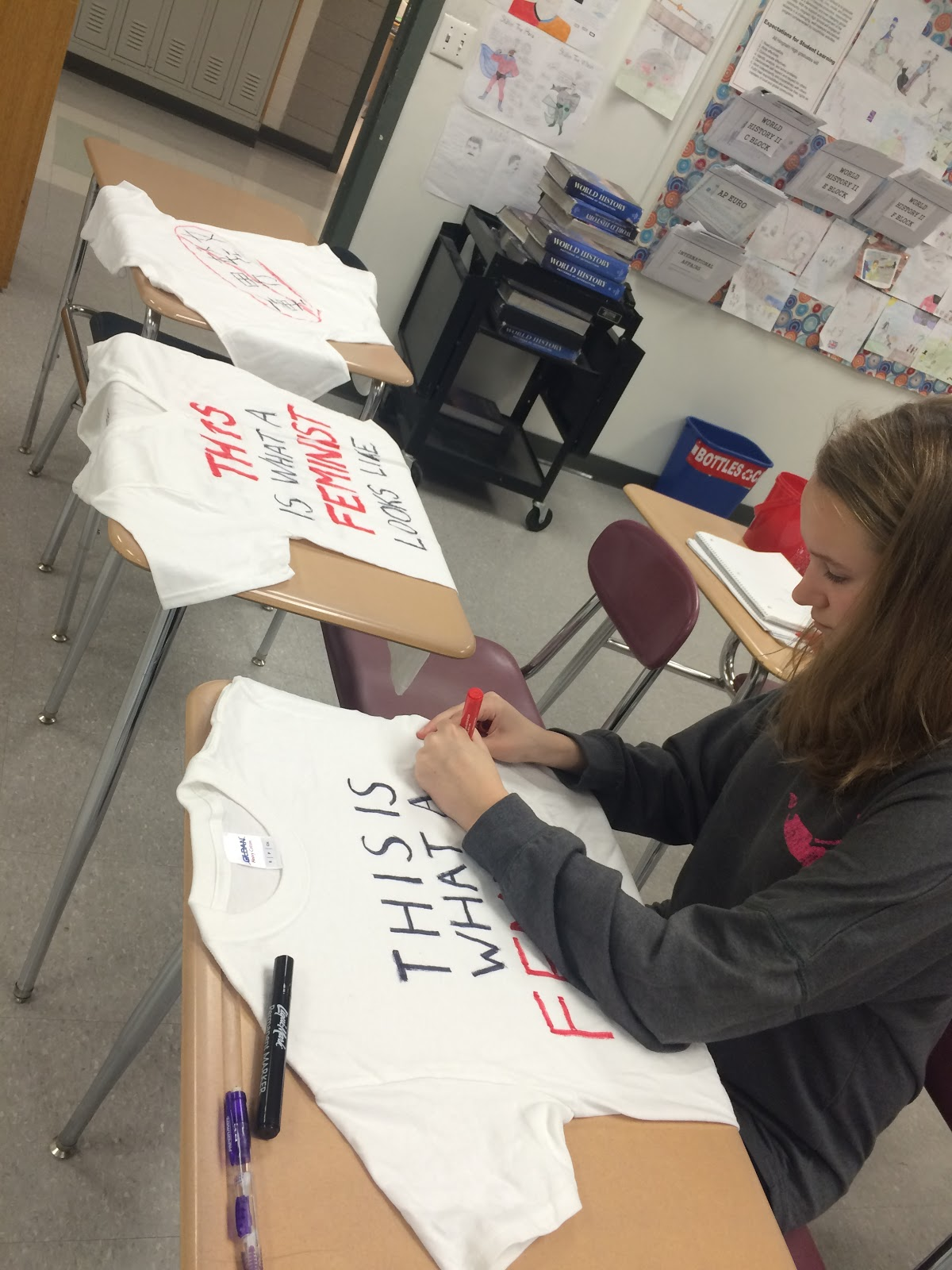 Clara Kingsbury, a freshman, designs her own t-shirt.