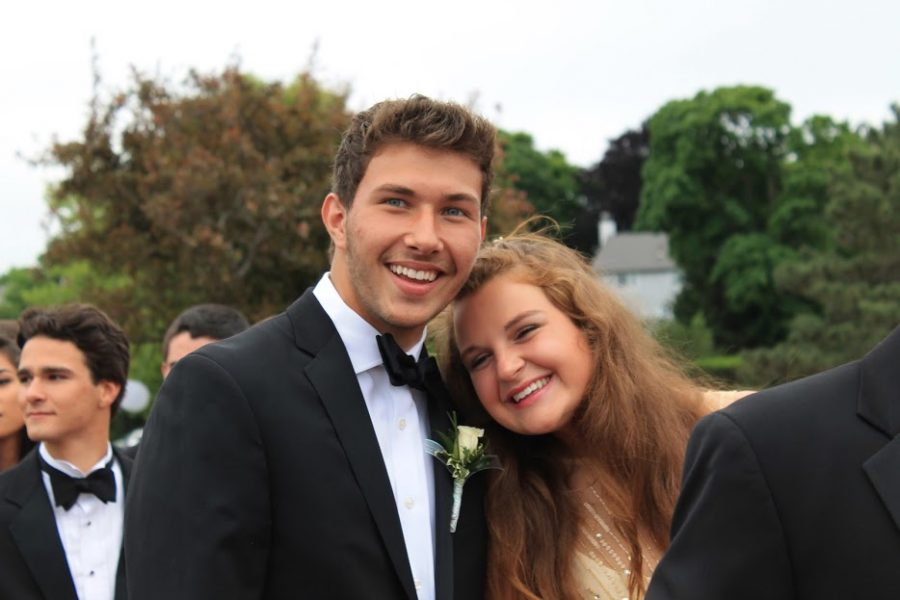 Sarah Wright and Cam Bevens make an adorable couple.