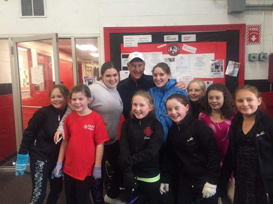 Front Row (Left to Right): Emily Williams, Grace Shaughnessy, Shannon Corcoran, and Tess Donlan. Back Row (Left to Right): Grace Bulman, Victoria Garvin, Bobby Orr, Tatiana Garvin, Fiona Faherty, and Patti Ricci. A few of the members met Bobby Orr, who came in to skate with his two grandchildren during their regular lesson.
