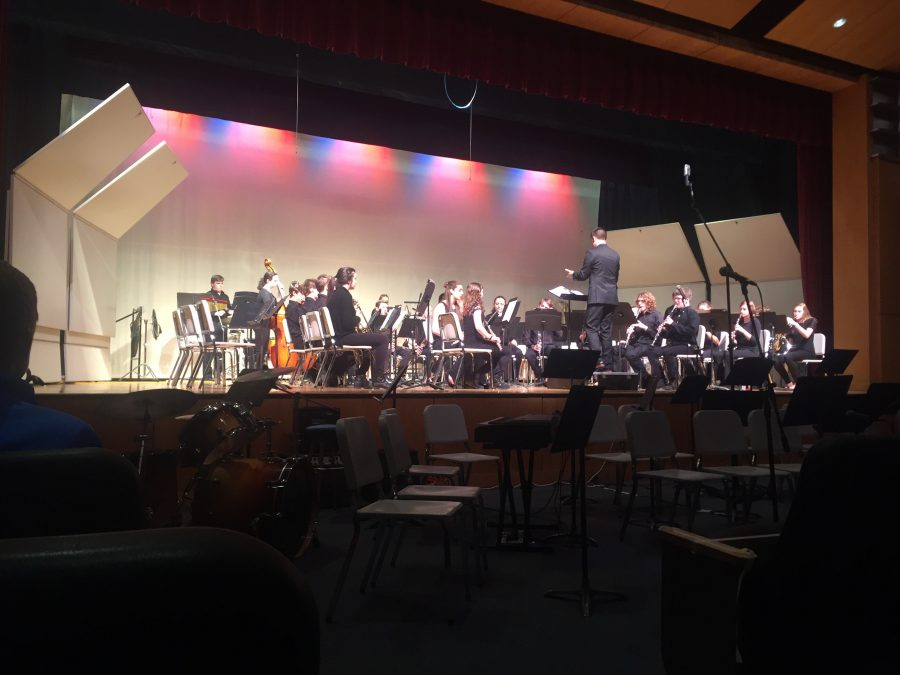 The Chamber Winds ensemble plays