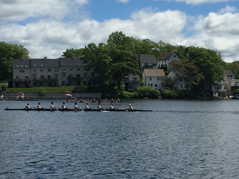 The girls' 1st varsity boat races in their first heat, where they places 3rd, qualifying them for the petite final.
