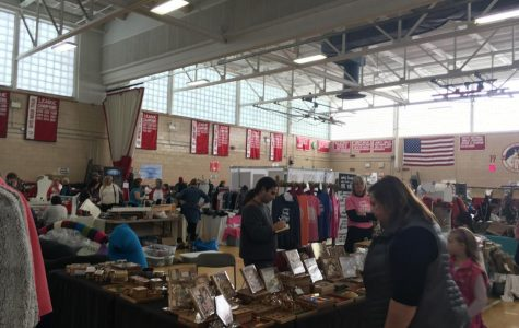 Another Successful Holiday Fair at Hingham High