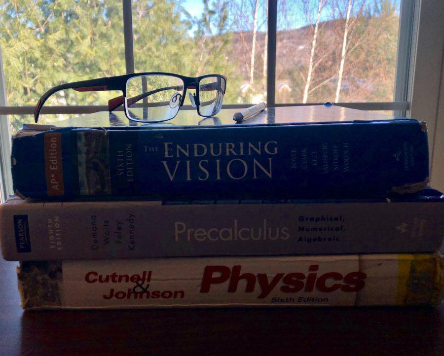 For most students, studying involves pouring over textbooks.
