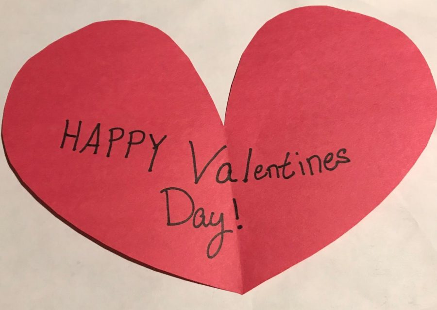 A picture of a heart with the message, Happy Valentines Day!