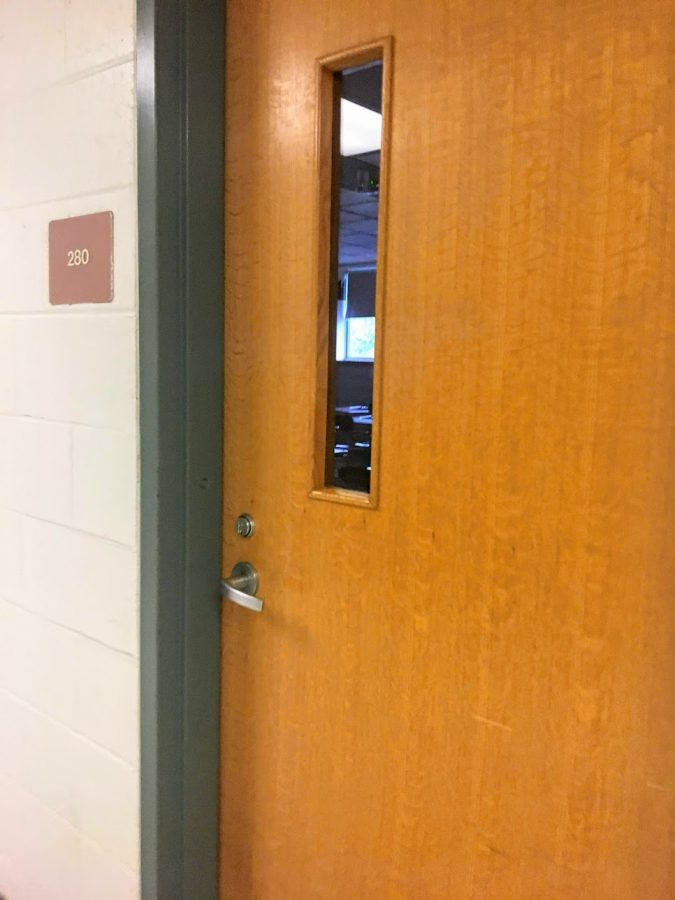 During+lockdown+procedure%2C+classes+must+lock+doors%2C+turn+off+lights%2C+and+students+must+shelter+in+place+or+in+the+far+corner+of+the+room.+