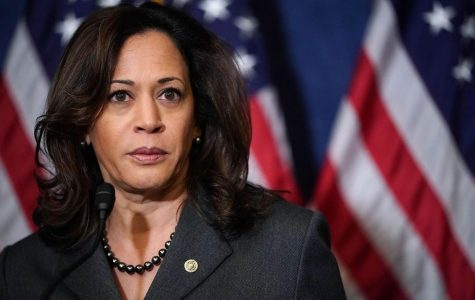 Sen. Kamala Harris is an early frontrunner in the Democratic primary race. Pictured here during a 2017 news conference. (Photo by Chip Somodevilla/Getty Images)