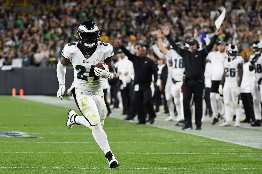 Jordan Howard, #24 of the Philadelphia Eagles, runs for a touchdown during the third quarter against the Green Bay Packers in their win on Thursday Night Football. He would have a total of 87 yards and 2 touchdowns