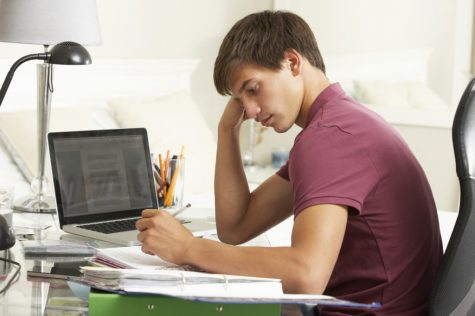 A student completes online schoolwork.